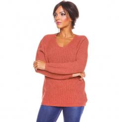 """Sweter """"Carmen"""" w kolorze rdzawym. Brązowe swetry damskie So Cachemire, z kaszmiru, z kołnierzem typu carmen. W wyprzedaży za 173.95 zł."""