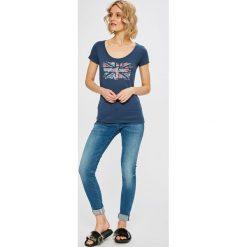 G-Star Raw - Jeansy D-Staq. Niebieskie jeansy damskie G-Star Raw. W wyprzedaży za 479.90 zł.