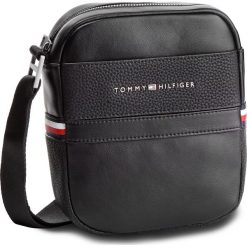 7fad23cbc2650 Saszetka TOMMY HILFIGER - Th Business Mini Reporter AM0AM04258 002. Saszetki  męskie marki Tommy Hilfiger