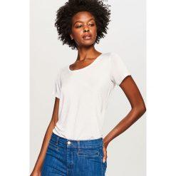 Gładki t-shirt - Biały. T-shirty damskie marki DOMYOS. W wyprzedaży za 29.99 zł.
