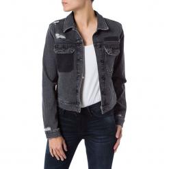 Dżinsowa kurtka - Regular fit - w kolorze szarym. Szare kurtki damskie Cross Jeans, z aplikacjami. W wyprzedaży za 136.95 zł.