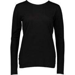 """Koszulka """"Simone"""" w kolorze czarnym. T-shirty damskie Frieda Sand, z bawełny, z okrągłym kołnierzem, z długim rękawem. W wyprzedaży za 86.95 zł."""