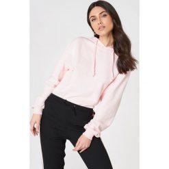 NA-KD Basic Bluza z kapturem basic - Pink. Różowe bluzy damskie NA-KD Basic, z bawełny. Za 100.95 zł.