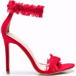 Public Desire - Sandały. Czerwone sandały damskie Public Desire, z denimu. W wyprzedaży za 89.90 zł.