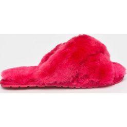 Emu Australia - Kapcie Mayberry. Czerwone kapcie damskie Emu Australia, z gumy. Za 249.90 zł.