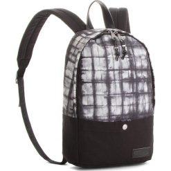 Plecak EASTPAK - Dee EK61C Superb Squarefo 42Q. Czarne plecaki damskie Eastpak, z materiału, sportowe. W wyprzedaży za 189.00 zł.
