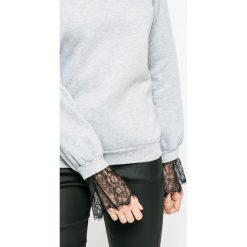 Vero Moda - Bluza. Szare bluzy damskie Vero Moda, z bawełny. W wyprzedaży za 69.90 zł.