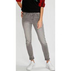 Roxy - Jeansy Seatripper. Szare jeansy damskie Roxy. W wyprzedaży za 239.90 zł.