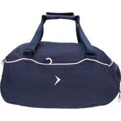 Torba sportowa damska TPD603 - ciemny granatowy - Outhorn. Niebieskie torby na ramię damskie Outhorn, z materiału. W wyprzedaży za 59.99 zł.
