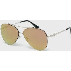 Guess Jeans - Okulary GF0301. Brązowe okulary przeciwsłoneczne męskie Guess Jeans, z jeansu. Za 499.90 zł.