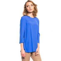 Bluzka z rękawem 3/4 oraz z ozdobnym zamkiem z tyłu BIALCON. Niebieskie bluzki damskie BIALCON, wizytowe, z asymetrycznym kołnierzem. W wyprzedaży za 76.00 zł.