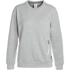 Super.natural VACATION KNIT CREW Bluza grey melange. Bluzy sportowe damskie super.natural, z bawełny. W wyprzedaży za 377.40 zł.