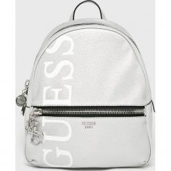Guess Jeans - Plecak. Szare plecaki damskie Guess Jeans, z aplikacjami, z bawełny. Za 599.90 zł.