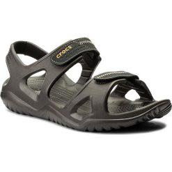 Sandały CROCS - Swiftwater River Sandal M 203965  Espresso/Black. Brązowe sandały męskie Crocs, z tworzywa sztucznego. W wyprzedaży za 149.00 zł.