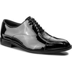 Półbuty EMPORIO ARMANI - X4C421 XB571 K001 Black/Black. Czarne eleganckie półbuty Emporio Armani, z lakierowanej skóry. W wyprzedaży za 1,399.00 zł.