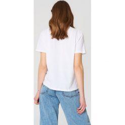 NA-KD T-shirt Cherry - White. Białe t-shirty damskie NA-KD, z nadrukiem, z bawełny. Za 72.95 zł.