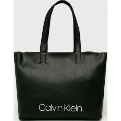 Calvin Klein - Torebka. Czarne torby na ramię damskie Calvin Klein. Za 579.90 zł.