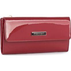 Duży Portfel Damski MONNARI - PUR1051-005 Red. Czerwone portfele damskie Monnari, z lakierowanej skóry. W wyprzedaży za 129.00 zł.