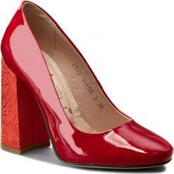 Półbuty OLEKSY - 2142/539/B98/000/000 Czerwony. Czerwone półbuty damskie Oleksy, z lakierowanej skóry. W wyprzedaży za 199.00 zł.