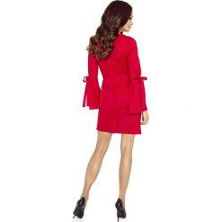 Sukienka z połyskiem wiązane rękawy b-70-05. Czerwone sukienki dla dziewczynek Berg, z jeansu. W wyprzedaży za 139.00 zł.