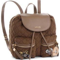 Plecak LIU JO - M Backpack Brentave N68062 T9093 Dark Olive 90822. Brązowe plecaki damskie Liu Jo, z materiału. Za 599.00 zł.
