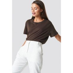 NA-KD Basic T-shirt oversize - Brown. Brązowe t-shirty damskie NA-KD Basic. Za 52.95 zł.