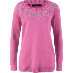 Sweter z okrągłym dekoltem z dekoracyjną bordiurą bonprix lila - różowy. Swetry damskie marki bonprix. Za 79.99 zł.