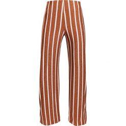 By Malene Birger LASSIN Spodnie treningowe jungle. Spodnie dresowe damskie By Malene Birger, z dresówki. Za 799.00 zł.