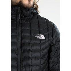 The North Face Kurtka Outdoor black. Kurtki sportowe damskie The North Face, z materiału. W wyprzedaży za 679.20 zł.