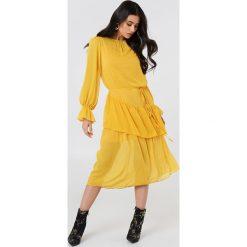 Trendyol Sukienka midi z falbaną - Yellow. Sukienki damskie Trendyol, z długim rękawem. Za 202.95 zł.