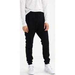 Publish JANSEN Spodnie treningowe black. Spodnie sportowe męskie Publish, z bawełny. W wyprzedaży za 356.15 zł.