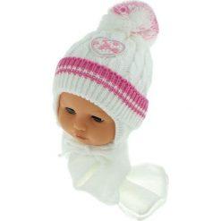 Czapka niemowlęca z szalikiem CZ+S 149B biała. Czapki dla dzieci marki Reserved. Za 39.76 zł.