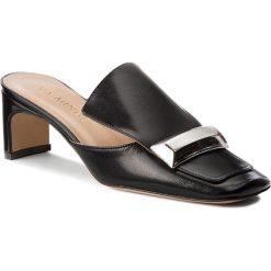 Klapki EVA MINGE - Armilla 3M 18CP1372356ES 101. Klapki damskie marki Adidas. W wyprzedaży za 289.00 zł.