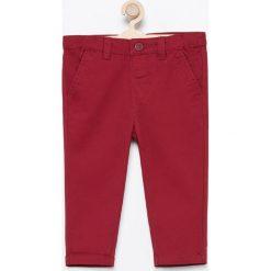 Spodnie chino - Bordowy. Spodnie materiałowe dla chłopców marki Reserved. Za 39.99 zł.