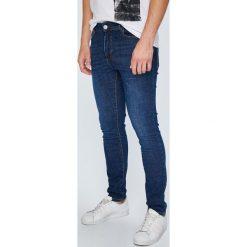 Review - Jeansy Jeremy. Niebieskie jeansy męskie Review. W wyprzedaży za 119.90 zł.