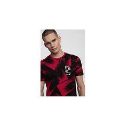 T-shirt męski TSM281 - czerwony allover. T-shirty męskie marki Giacomo Conti. Za 59.99 zł.