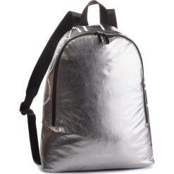 Plecak CALVIN KLEIN - Item Story Round Bac K50K503873 910. Szare plecaki damskie Calvin Klein, z materiału. Za 399.00 zł.