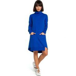 Chabrowa Dresowa Asymetryczna Sukienka z Golfem. Niebieskie sukienki damskie Molly.pl, z dresówki, casualowe, z asymetrycznym kołnierzem, z długim rękawem. Za 154.90 zł.
