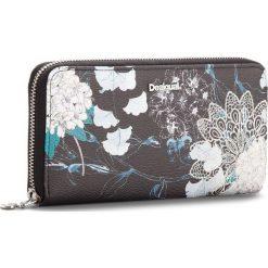 Duży Portfel Damski DESIGUAL - 18WAYP35 2000. Czarne portfele damskie Desigual, ze skóry ekologicznej. W wyprzedaży za 189.00 zł.
