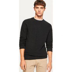 Sweter ze strukturalnej dzianiny - Czarny. Swetry przez głowę męskie marki Giacomo Conti. W wyprzedaży za 69.99 zł.