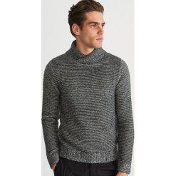 Gruby sweter z kołnierzem - Czarny. Czarne swetry przez głowę męskie Reserved. Za 159.99 zł.