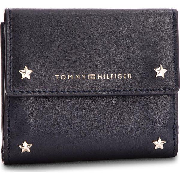 b8d20b7314736 Mały Portfel Damski TOMMY HILFIGER - Star Studded Leather Sm Flap ...