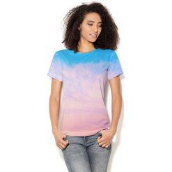 Colour Pleasure Koszulka CP-030  42 niebiesko-pudrowy róż r. XS/S. T-shirty damskie marki Colour Pleasure. Za 70.35 zł.