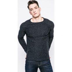 Review - Sweter. Czarne swetry przez głowę męskie Review, z bawełny, z okrągłym kołnierzem. W wyprzedaży za 79.90 zł.