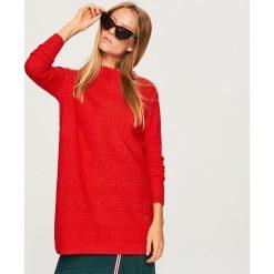 Długi sweter - Czerwony. Swetry damskie marki bonprix. W wyprzedaży za 59.99 zł.