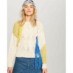 Sweter z frędzlami - Kremowy. Białe kardigany damskie Reserved. Za 139.99 zł.