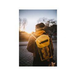 Plecak Explorer 20l Yellow. Żółte plecaki damskie Fish dry pack, z materiału, sportowe. Za 179.00 zł.