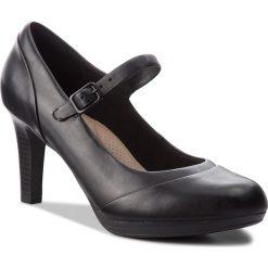 Półbuty CLARKS - Adriel Carla 261363764 Black Leather. Czarne półbuty damskie Clarks, z materiału. W wyprzedaży za 229.00 zł.