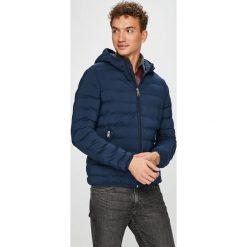 Guess Jeans - Kurtka Seamless. Czarne kurtki męskie Guess Jeans, z elastanu. Za 699.90 zł.