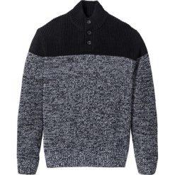 Sweter Regular Fit bonprix czarno-biały. Swetry przez głowę męskie marki Giacomo Conti. Za 89.99 zł.